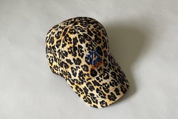 <img class='new_mark_img1' src='https://img.shop-pro.jp/img/new/icons14.gif' style='border:none;display:inline;margin:0px;padding:0px;width:auto;' />21AW ReposeAMS Cap / Leopard glitch