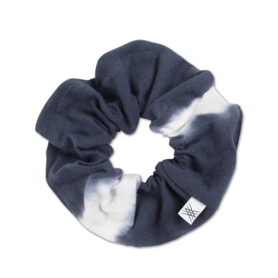 <img class='new_mark_img1' src='https://img.shop-pro.jp/img/new/icons14.gif' style='border:none;display:inline;margin:0px;padding:0px;width:auto;' />21AW Schrunchie dark night blue tie dye