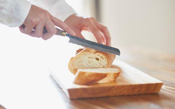 鍛冶職人の小さなパン切り包丁 12cm