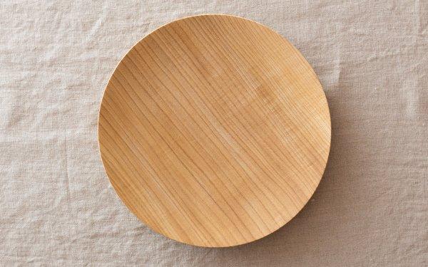 【受注生産】ろくろ挽きの木皿 栓(せん)の木 6寸(18cm)