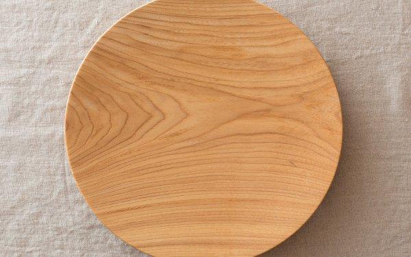 【受注生産】ろくろ挽きの木皿 栓(せん)の木 8寸(24cm)