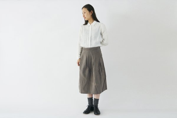 【sold out】enrica cottonflannel skirt / darkgrey (natural dye)
