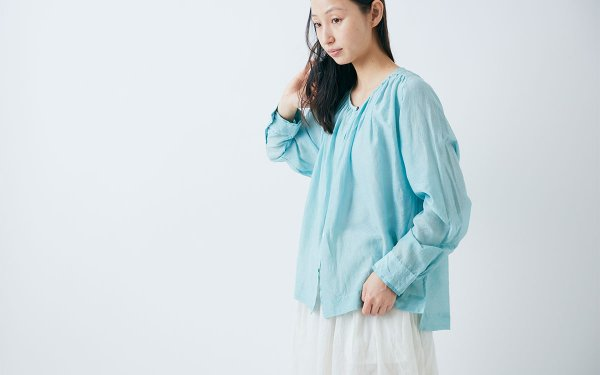 【sale】enrica cottonsilk blouse gardeniableu / botanical dye