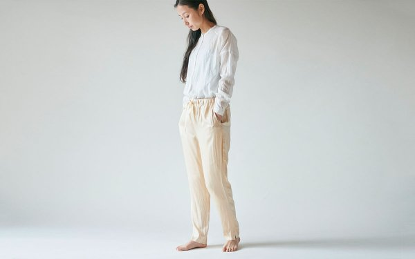 【new】enrica silk pants gold / natural dye