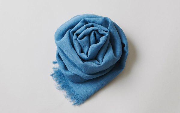 【new】enrica linen scarf turquoise / natural dye
