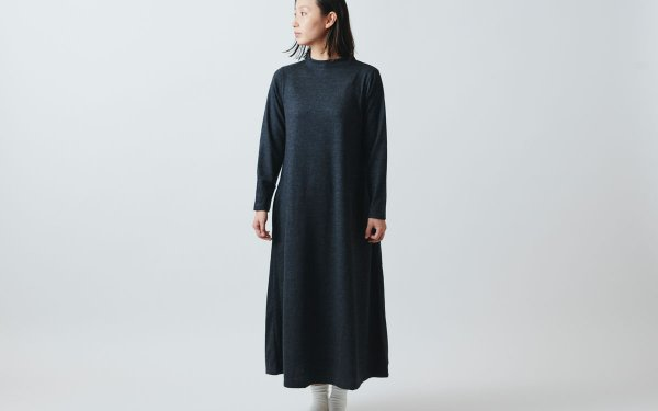 【sold out】HANDROOM WOMEN'S ボトルネック ウールワンピース / chacoal