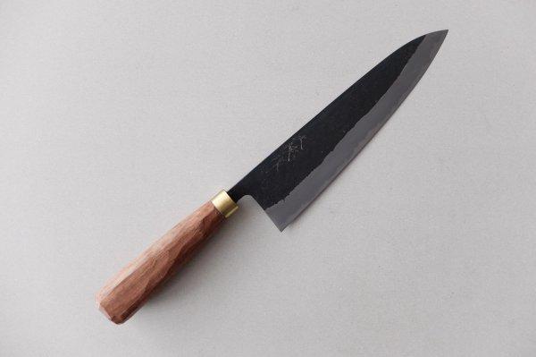 鍛治職人の牛刀 210mm ウォールナットの柄