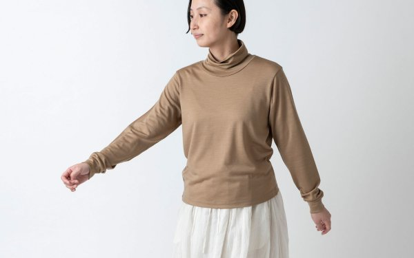 【sold out】ウォッシャブルウールタートルネック / ベージュ / HANDROOM WOMEN'S