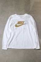 KITH×NIKE-SWOOSH L/S TEE(WHITE×BEIGE)<img class='new_mark_img2' src='//img.shop-pro.jp/img/new/icons5.gif' style='border:none;display:inline;margin:0px;padding:0px;width:auto;' />