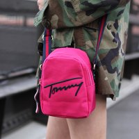 TOMMY HILFIGER-MINI SHOULDER BAG(PINK)<img class='new_mark_img2' src='//img.shop-pro.jp/img/new/icons5.gif' style='border:none;display:inline;margin:0px;padding:0px;width:auto;' />