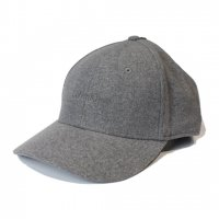 Calvin Klein -WOOL BASEBALL CAP(GRAY)<img class='new_mark_img2' src='//img.shop-pro.jp/img/new/icons5.gif' style='border:none;display:inline;margin:0px;padding:0px;width:auto;' />