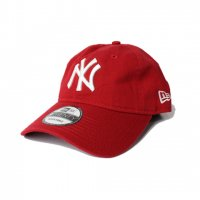 NEW ERA-9TWENTY CAP MoMA(RED)<img class='new_mark_img2' src='//img.shop-pro.jp/img/new/icons5.gif' style='border:none;display:inline;margin:0px;padding:0px;width:auto;' />