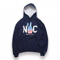 Champion-AUTHENTIC HOODIE NYC(NAVY)<img class='new_mark_img2' src='//img.shop-pro.jp/img/new/icons5.gif' style='border:none;display:inline;margin:0px;padding:0px;width:auto;' />