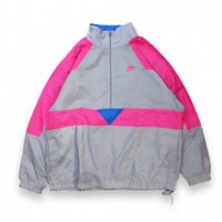 NIKE -H/Z WOVEN JKT AIR SPAN II(GRAY)<img class='new_mark_img2' src='//img.shop-pro.jp/img/new/icons5.gif' style='border:none;display:inline;margin:0px;padding:0px;width:auto;' />