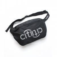 SAMO-CITY2CITY REFLECTIVE BODY BAG(BLACK)<img class='new_mark_img2' src='//img.shop-pro.jp/img/new/icons5.gif' style='border:none;display:inline;margin:0px;padding:0px;width:auto;' />