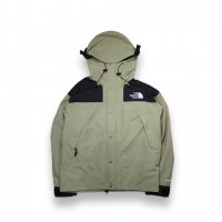 THE NORTH FACE -1990 MOUNTAIN JKT GORE-TEX(TUMBLEWEED GREEN)<img class='new_mark_img2' src='//img.shop-pro.jp/img/new/icons5.gif' style='border:none;display:inline;margin:0px;padding:0px;width:auto;' />