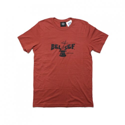 BELIEF NYC -MAGICIAN S/S T-SHIRT(RUST)<img class='new_mark_img2' src='//img.shop-pro.jp/img/new/icons5.gif' style='border:none;display:inline;margin:0px;padding:0px;width:auto;' />