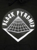 BLACK PYRAMID -HOODIE(BLACK)<img class='new_mark_img2' src='//img.shop-pro.jp/img/new/icons24.gif' style='border:none;display:inline;margin:0px;padding:0px;width:auto;' />