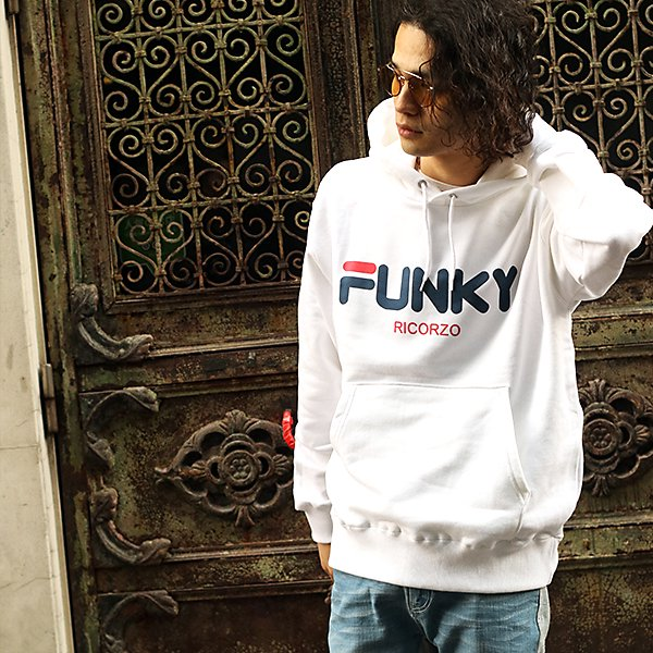 【80%OFF】FUNKYロゴフーディー