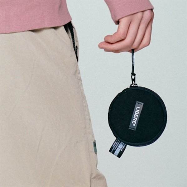 TYPE-COIN POUCH / BLACK
