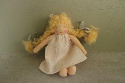 mini doll <H>