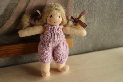 mini mini doll <C>