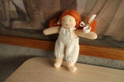 mini mini doll <A>