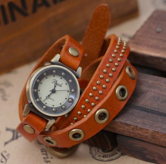 日本未上陸Badeのアンティーク調デザインレザーブレスレット腕時計(キャメル)