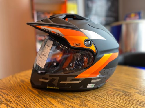 【KTM限定モデル】SHOEI HORNET ADVヘルメット<img class='new_mark_img2' src='https://img.shop-pro.jp/img/new/icons6.gif' style='border:none;display:inline;margin:0px;padding:0px;width:auto;' />