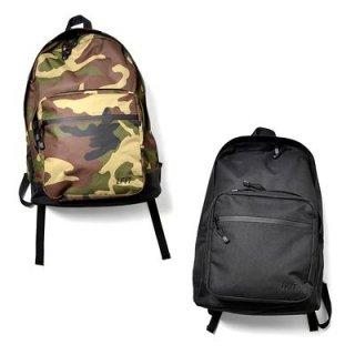 <img class='new_mark_img1' src='https://img.shop-pro.jp/img/new/icons50.gif' style='border:none;display:inline;margin:0px;padding:0px;width:auto;' />Lafayette NYLON BACK PACK