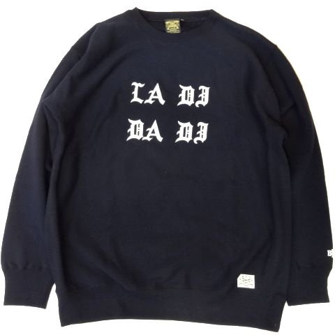 <img class='new_mark_img1' src='//img.shop-pro.jp/img/new/icons50.gif' style='border:none;display:inline;margin:0px;padding:0px;width:auto;' />BBP La Di Da Di Crew Neck Sweat Shirt NAVY