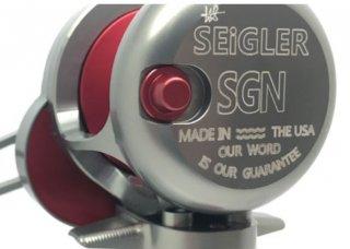 シグラー SGN右スモーク/レッド