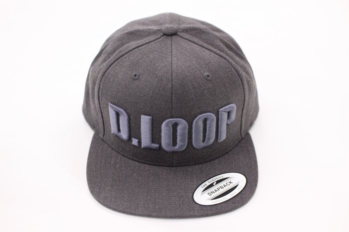 <img class='new_mark_img1' src='//img.shop-pro.jp/img/new/icons5.gif' style='border:none;display:inline;margin:0px;padding:0px;width:auto;' />D-LOOP 3D刺繍 SNAPBACK CAP[DarkHeather]