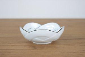 プラチナ線梅結び 小鉢