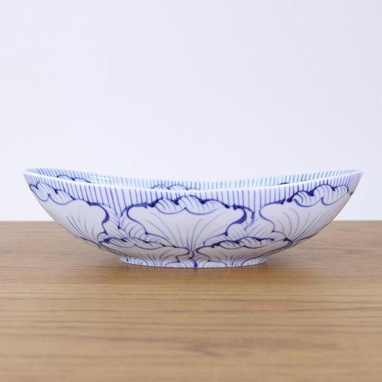 楕円鉢(大)染付花弁紋