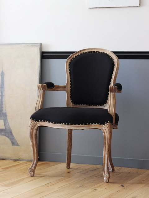 <img class='new_mark_img1' src='https://img.shop-pro.jp/img/new/icons47.gif' style='border:none;display:inline;margin:0px;padding:0px;width:auto;' />arm chair(アームチェア)