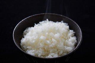 新米受付中 令和3年産 数量限定 天日干し 特別栽培米 魚沼産コシヒカリ 精米 10kg (5kg×2袋)