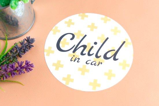kikka for mother(キッカフォーマザー) |Stylish! カーステッカー CHILD IN CAR(クロス) 商品画像