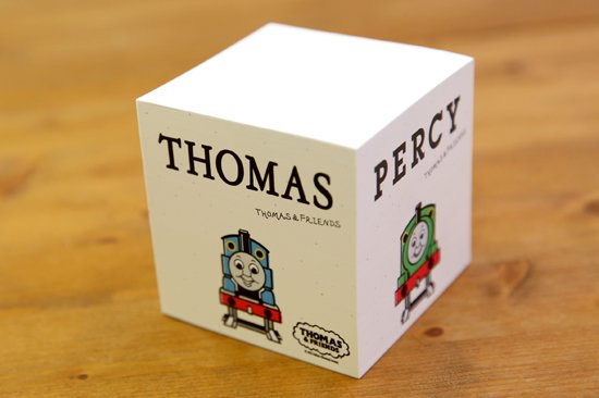 <img class='new_mark_img1' src='https://img.shop-pro.jp/img/new/icons25.gif' style='border:none;display:inline;margin:0px;padding:0px;width:auto;' />THOMAS&FRIENDS(きかんしゃトーマス) ブロックメモ 商品画像