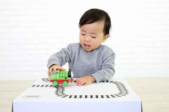 <img class='new_mark_img1' src='https://img.shop-pro.jp/img/new/icons25.gif' style='border:none;display:inline;margin:0px;padding:0px;width:auto;' />THOMAS&FRIENDS(きかんしゃトーマス) ぬりえもできる収納ボックス 商品画像