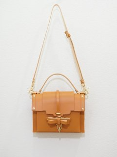 10%OFF★niels peeraer ニールス ペラール BOW BUCKLE BAG Msize(caramel)