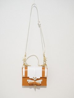 niels peeraer ニールス ペラール BOW BUCKLE BAG Ssize  two-tone color(caramel & white)