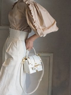 10%OFF★niels peeraer ニールス ペラール BOW BUCKLE 3PM BAG-S (white)