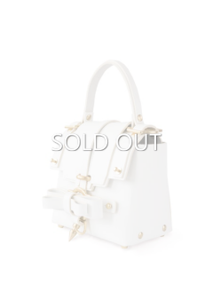 niels peeraer ニールス ペラール BOW BUCKLE 3PM BAG-S (white)