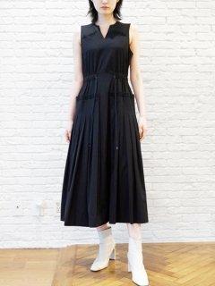 AKIKOAOKI アキコアオキ Pleated plane dress BK