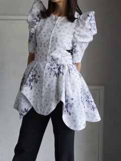 AKIKOAOKI アキコアオキ Maria puff sleeve top