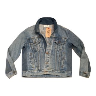 <img class='new_mark_img1' src='//img.shop-pro.jp/img/new/icons1.gif' style='border:none;display:inline;margin:0px;padding:0px;width:auto;' />herfee/ハーフィー  crazy denim jacket / クレイジーデニムジャケット 17100