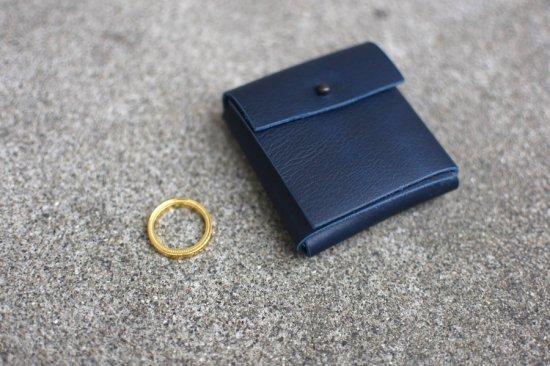 ニール (nl) james / ジェームス gold コインケース付き リング - エンシニータス