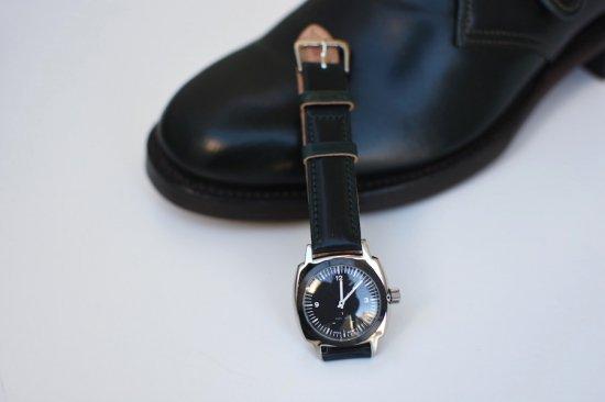 メーカーズ × ヴァーグウォッチ ( makers × vague watch ) fluid / 腕時計 コードヴァン black  × green - エンシニータス