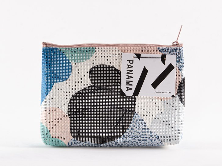 <img class='new_mark_img1' src='https://img.shop-pro.jp/img/new/icons1.gif' style='border:none;display:inline;margin:0px;padding:0px;width:auto;' />PANAMA Pouch(S)10
